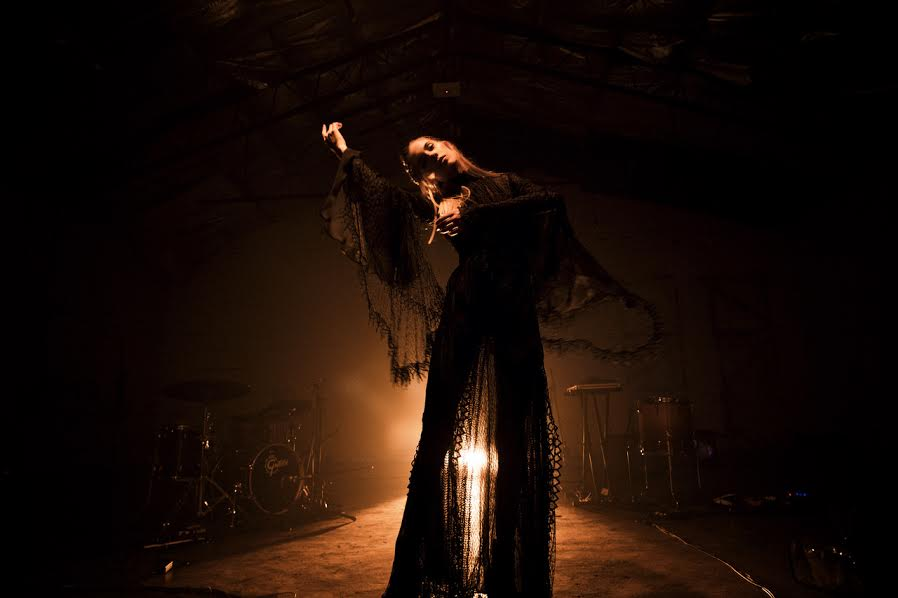 """Woodes debuts new live video for """"Bonfire""""."""