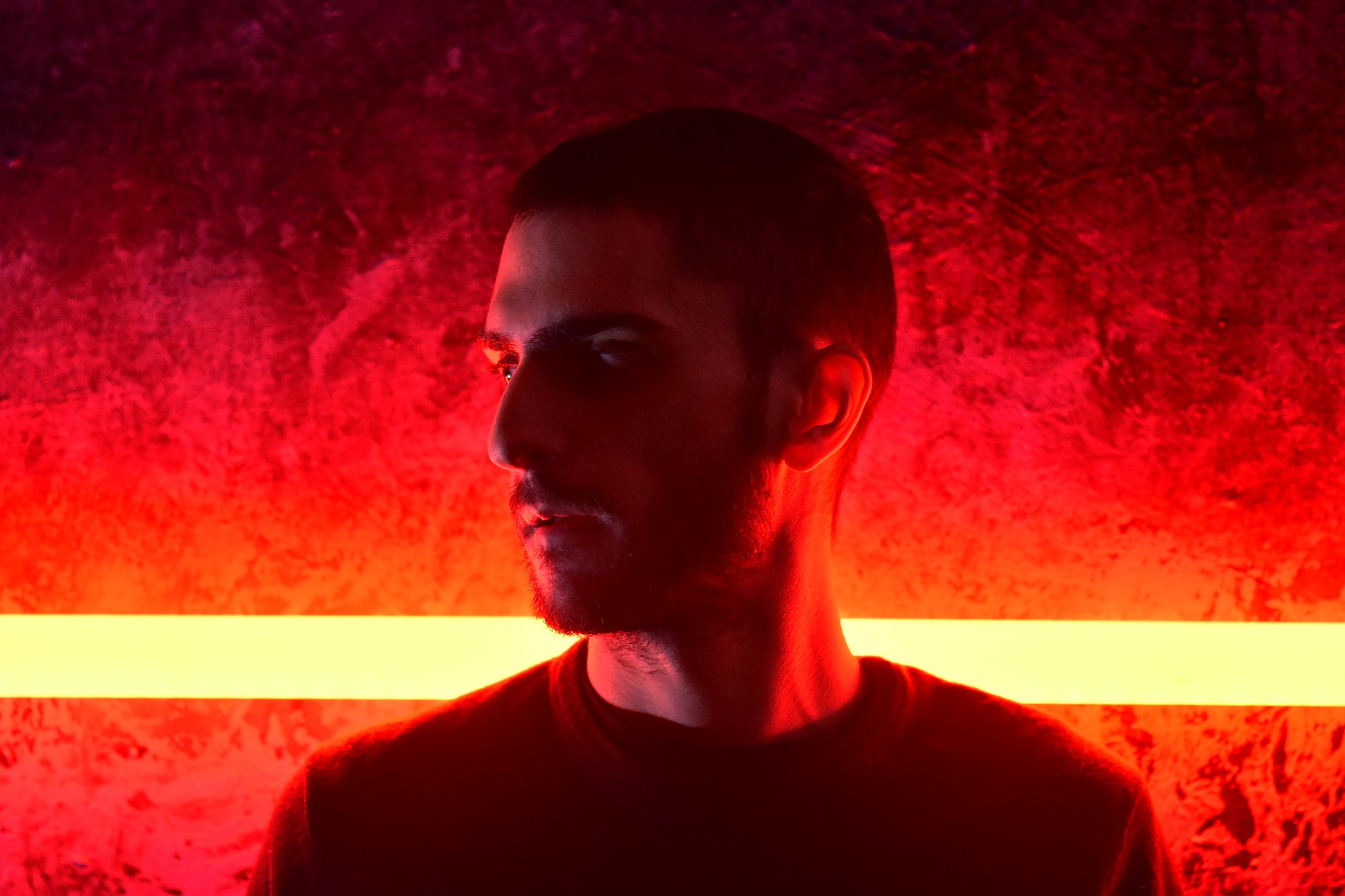 Al'Tarba in an Electro/Hip Hop artist from Toulouse. Today he is streaming his forthcoming release La Nuit Se Lève 'The Night Rises'