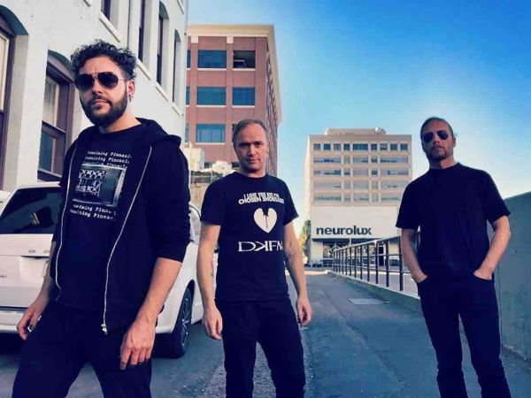 Danish shoegaze/darkwave The Foreign Resort announce new live North Anerican dates.