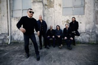 "The Afghan Whigs debut video for ""Oriole"". The track come off the band's release 'In Spades'"