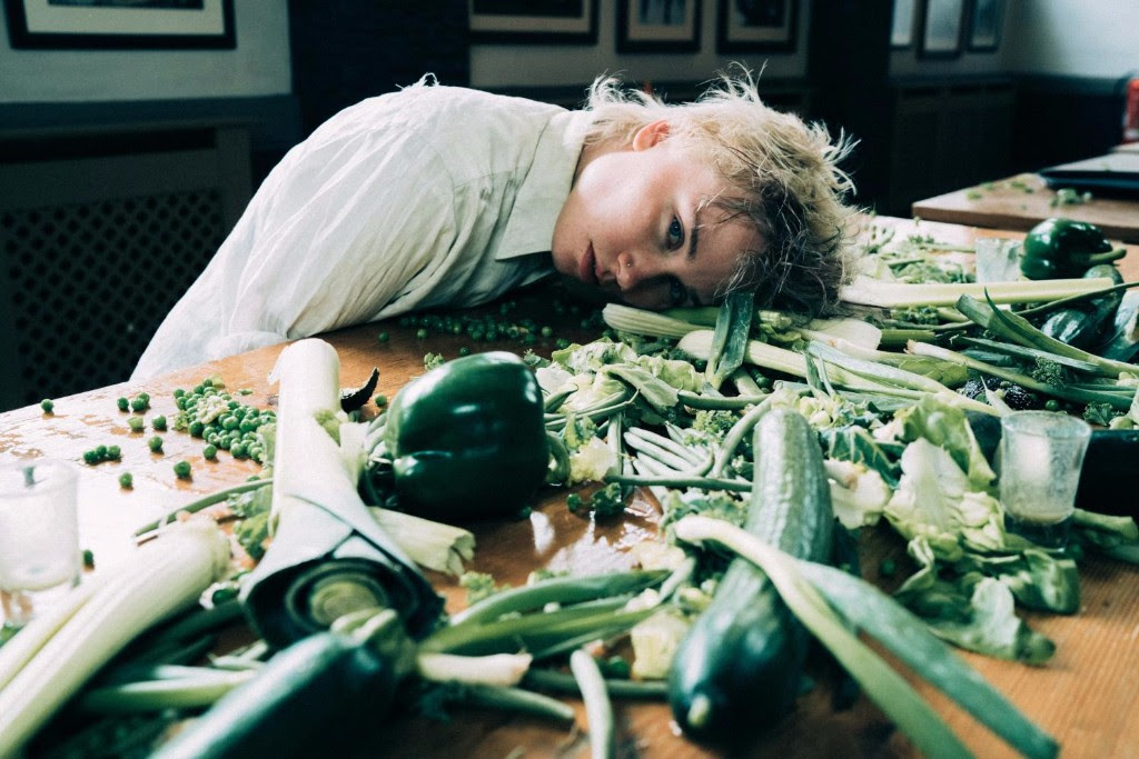 """Annabel Allum has shared a new video for her single, """"Eat Greens."""""""