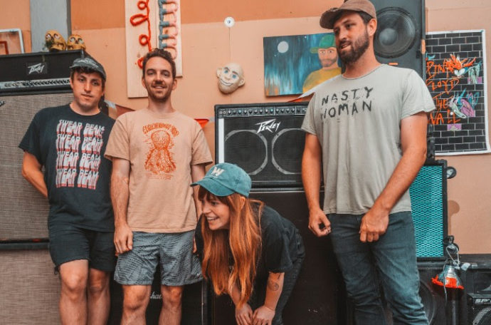"""Melkbelly release video for """"The Middle"""""""