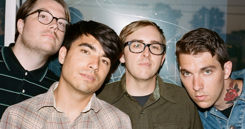 Joyce Manor and WAVVES announce tour dates,.