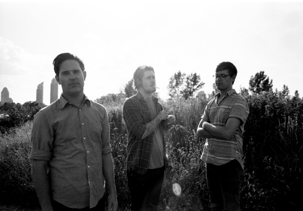 """Metz release new video for """"Drained Lake"""""""