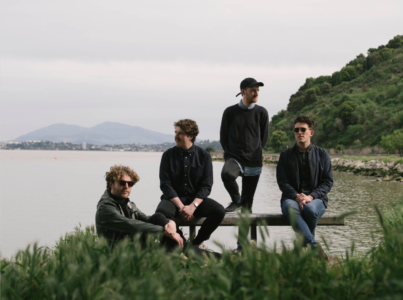 "Cloud Castle Lake debut new single ""Twins""."