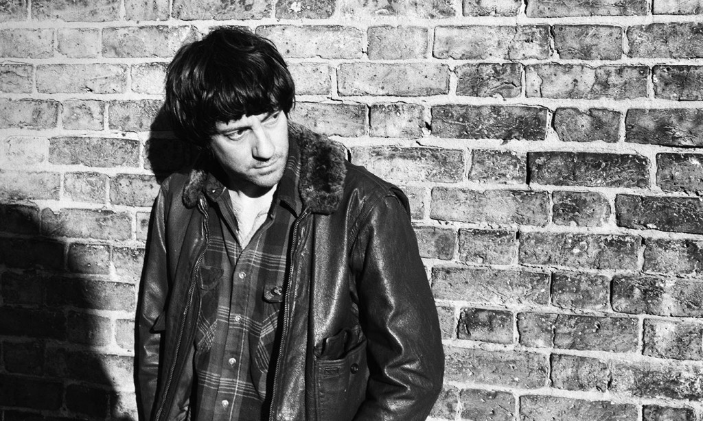 """Graham Coxon releases new single """"Falling"""", benefiting Calm"""