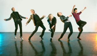 "Franz Ferdinand release ""Always Ascending"" video"