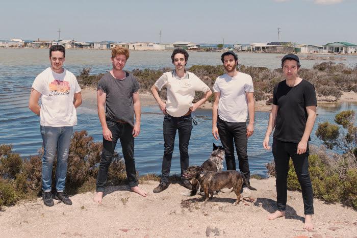 "Rolling Blackouts Coastal Fever share single ""Mainland"""