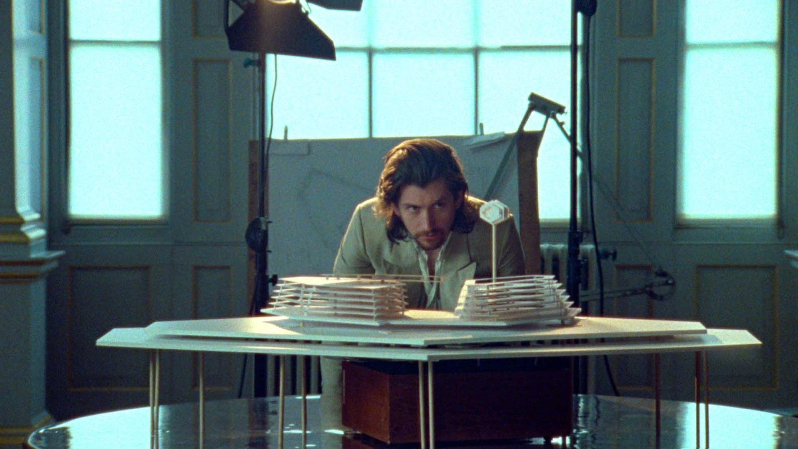 "Arctic Monkeys debut ""Four Out Of Five"" video"