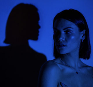 """Northern Transmissions 'Video of the Day' is """"Body"""" by Sinéad Harnett. The track is now available via Neon Gold."""