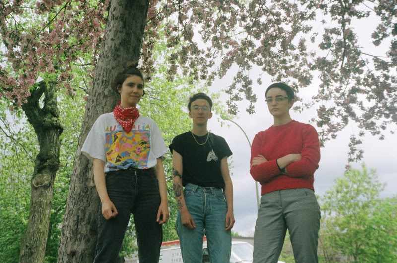 "Olive Green"" by Lonely Parade is Northern Transmissions' 'Song of the Day.'"