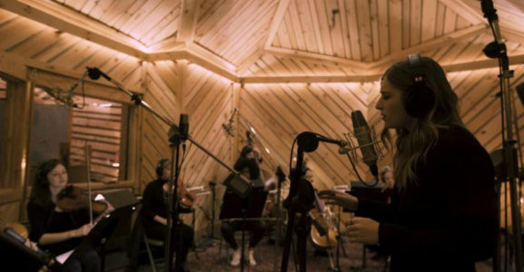 VÉRITÉ has released Bunker Studios Sessions, a stunning EP that features all-female chamber orchestra Little Kruta. The tracks are now available to stream