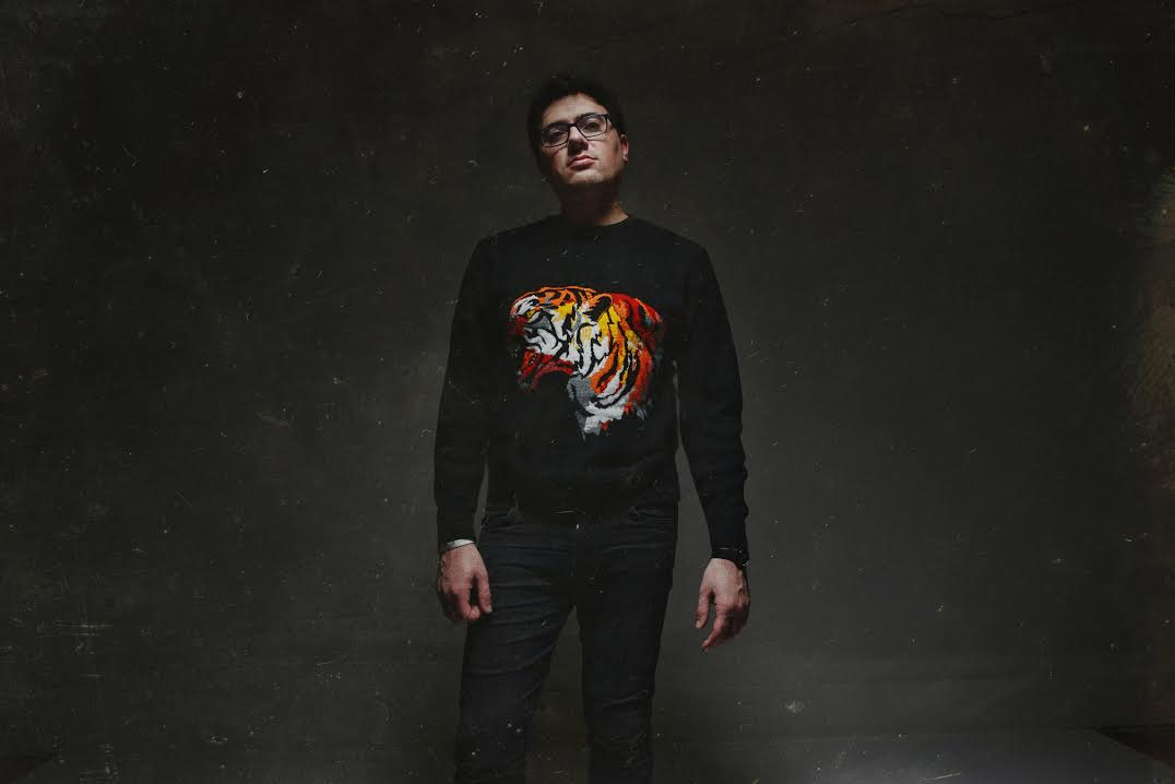"""Pink Orange Red is the solo project of musician Phillip Tubbs (Cigarettes After Sex). Today, he has shared """"Rollercoaster,"""" of his forthcoming Firelights LP"""