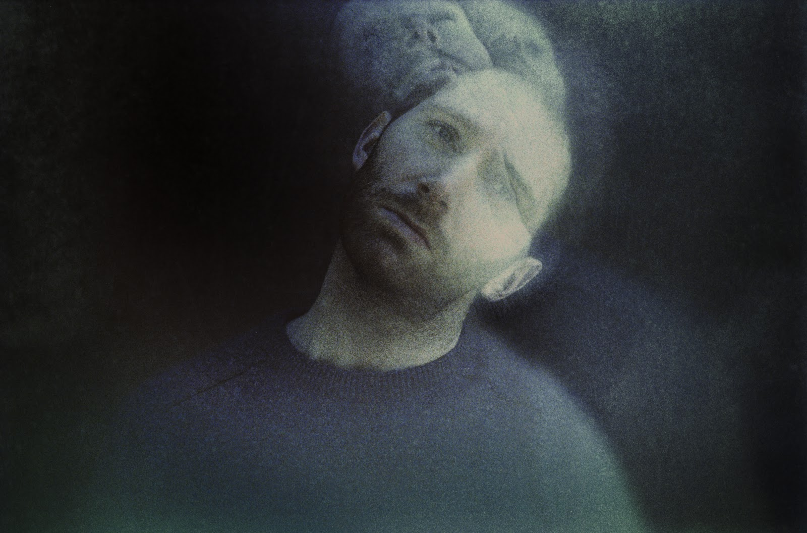 """""""Sculptures"""" by Fractures is Northern Transmissions' 'Song of the Day.' The track is off the producer/songwriter's current release 'Reset.'"""