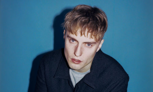 "UK singer/songwriter Sam Fender, has released a new single and video for ""Playing God"", along with the news he has announced new North American dates."
