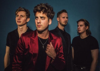 """Uk Band Circa Waves have shared their new single """"Times Won't Change Me"""" accompanied by a video. The clip features frontman Kieran approach a piano in his dressing gown"""
