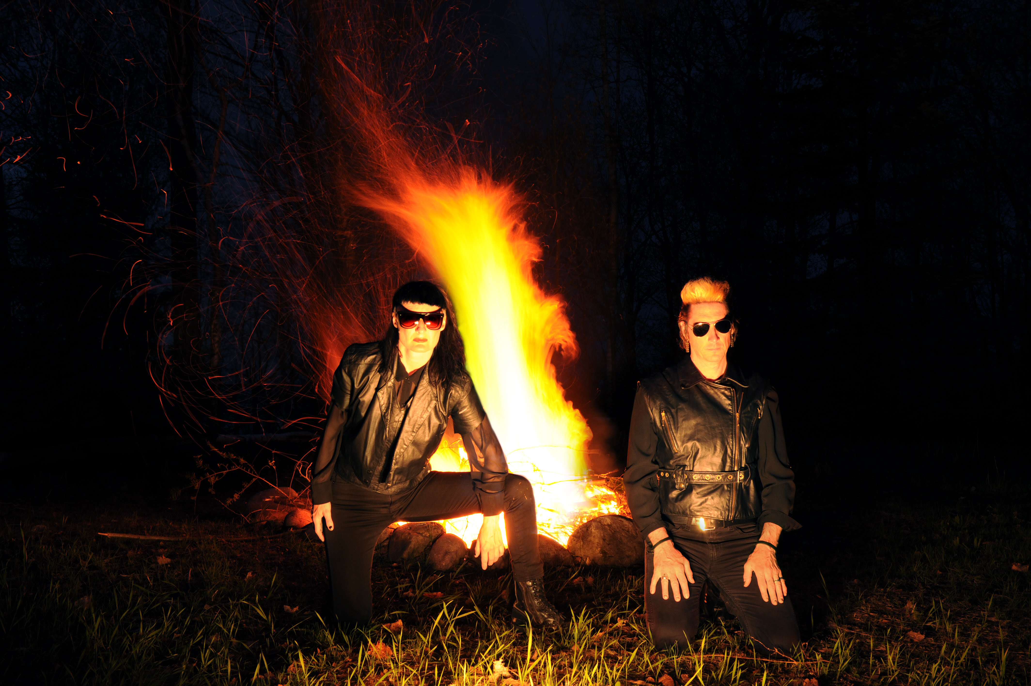 """DAIS records has released a new 7"""" record from ADULT. """"Subsurface/Coming Apart."""" Created to be a """"tour exclusive"""" for their tour with Cold Cave"""