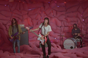 """Courtney Barnett has dropped a new video for """"Everybody Here Hates You."""""""