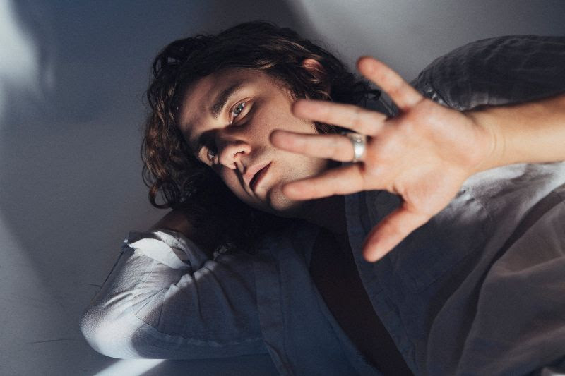 """Kevin Morby has shared a new video for, Oh My God, album track """"OMG Rock n Roll."""""""
