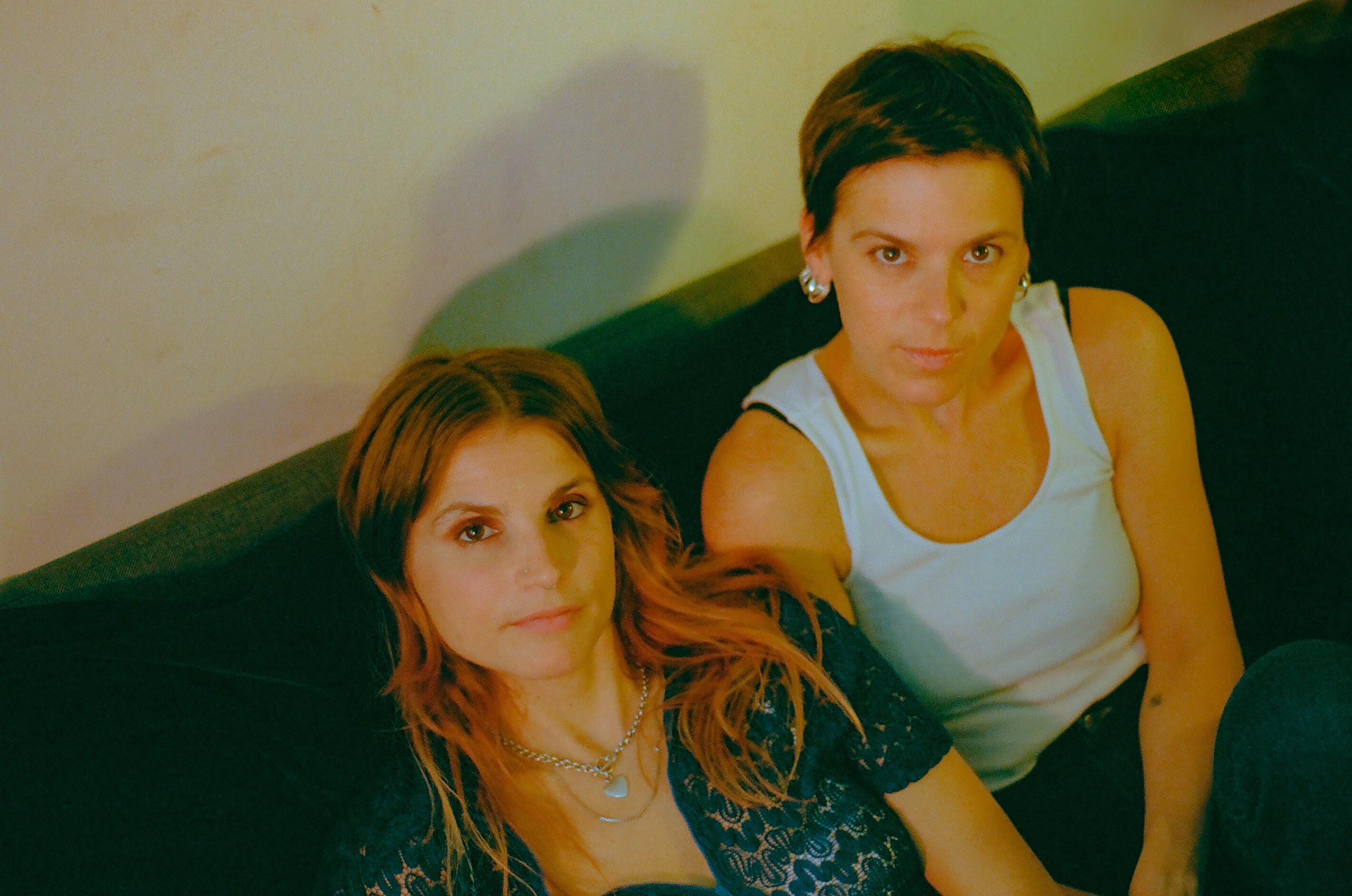 TEEN are comprised of Teeny, Lizzie, and Katherine Lieberson. The sisters grew up in a musically vibrant Halifax home, their father was composer Peter