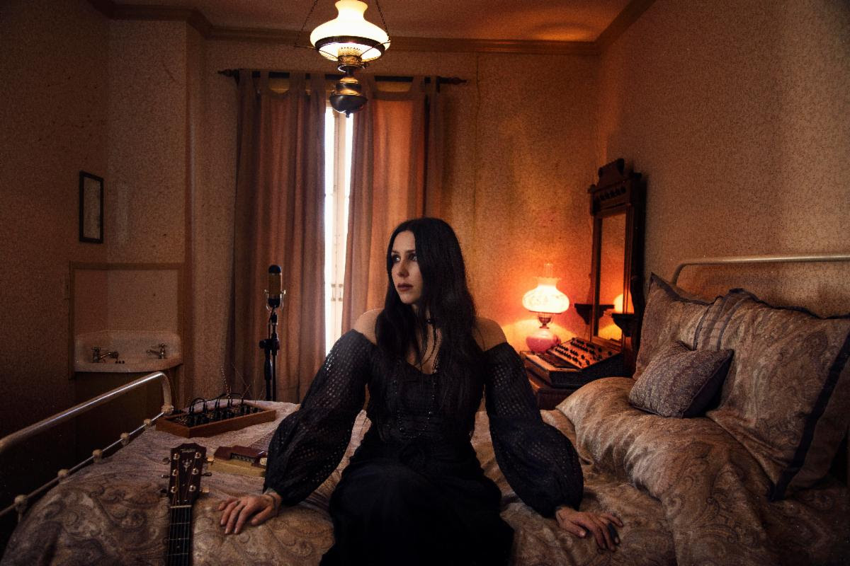 "Chelsea Wolfe debuts single/video ""Be All Things."""