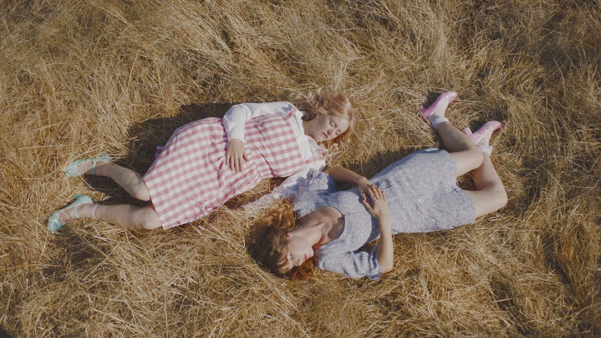 """Bleached has released a new video for """"Daydream"""""""