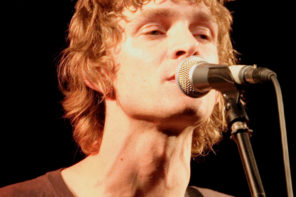 Brendan Benson has announced the reissue of his debut album One Mississippi