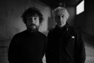 "LEE RANALDO & RAÜL REFREE share ""Light Years"""