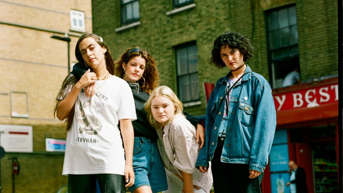"Hinds have released a new video for ""Come Back And Love Me"