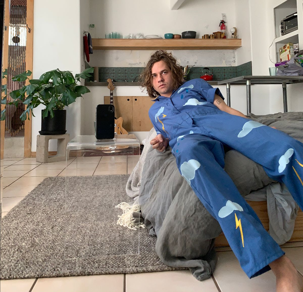 """Kevin Morby has released """"Gift Horse"""" b/w """"I Was On Time"""" 7"""". Previously only available physically as part of the Oh My God pre-order bundle"""