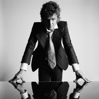 """Brendan Benson has released a new video directed by Wartella for his single """"Richest Man,"""" the track is off his forthcoming Dear Life LP, available 4/24"""