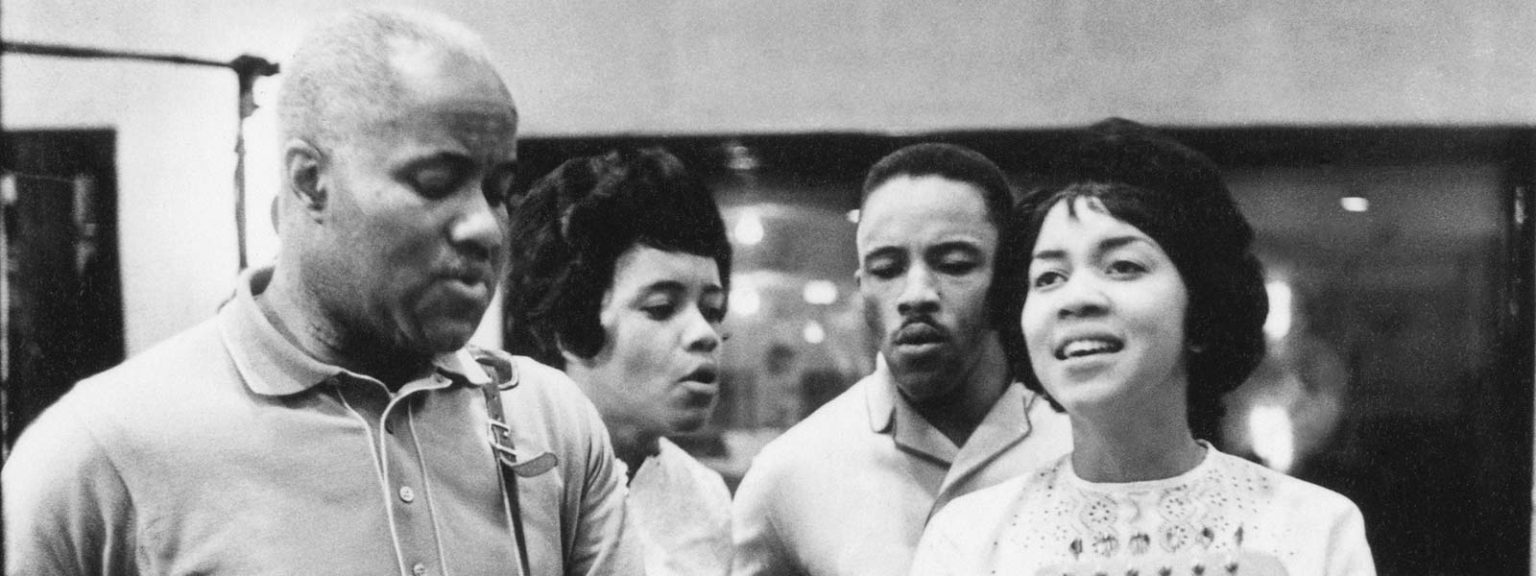 """""""I'll Take You There"""" by The Staple Singers is Northern Transmissions Song of the Day"""