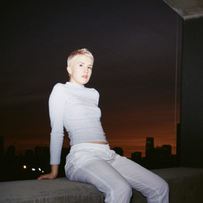 """lemin. releases her latest single """"tv."""" Like a cross between Imogen Heap and Frank Ocean, lemin.'s sound is a balm for a broken heart with electronic tinged R&B"""