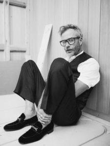 "Matt Berninger shares new single ""Distant Axis"""