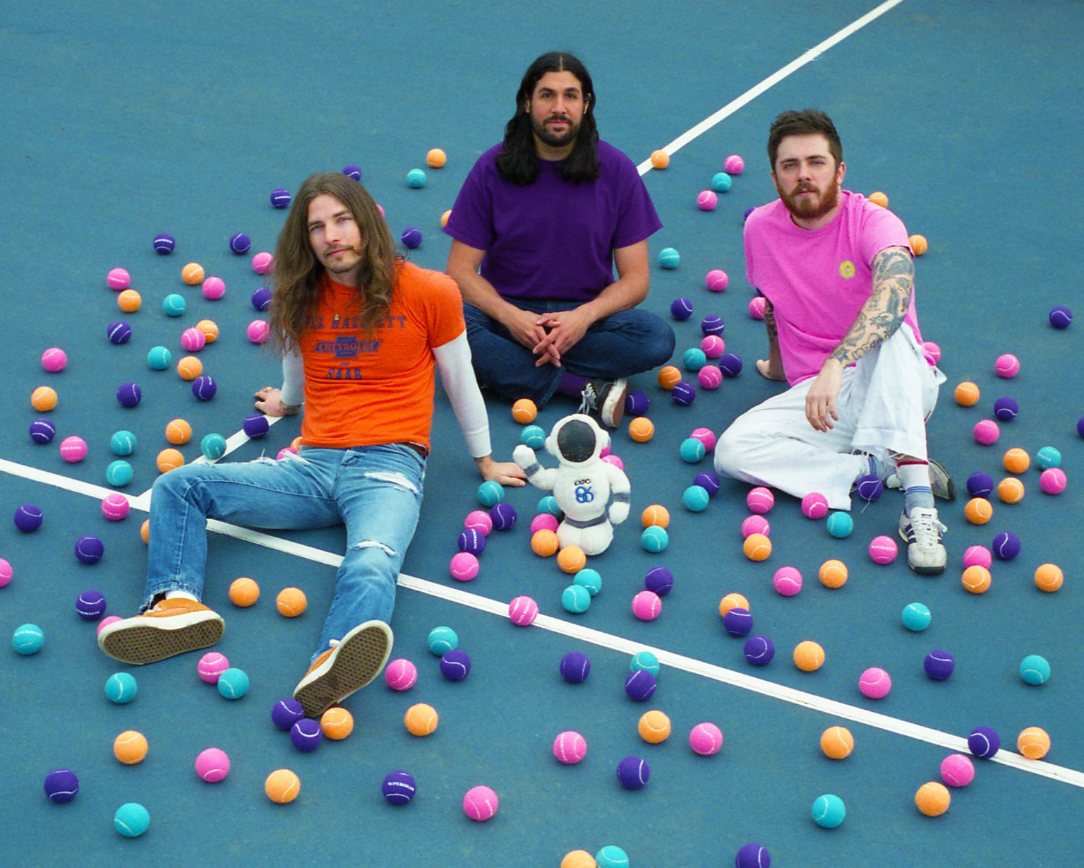 """Supercrush Announce New full-length SODO Pop. Share lead-track """"On The Telephone."""" The power-pop trio's debut LP comes out on October 9, via Don Giovanni"""