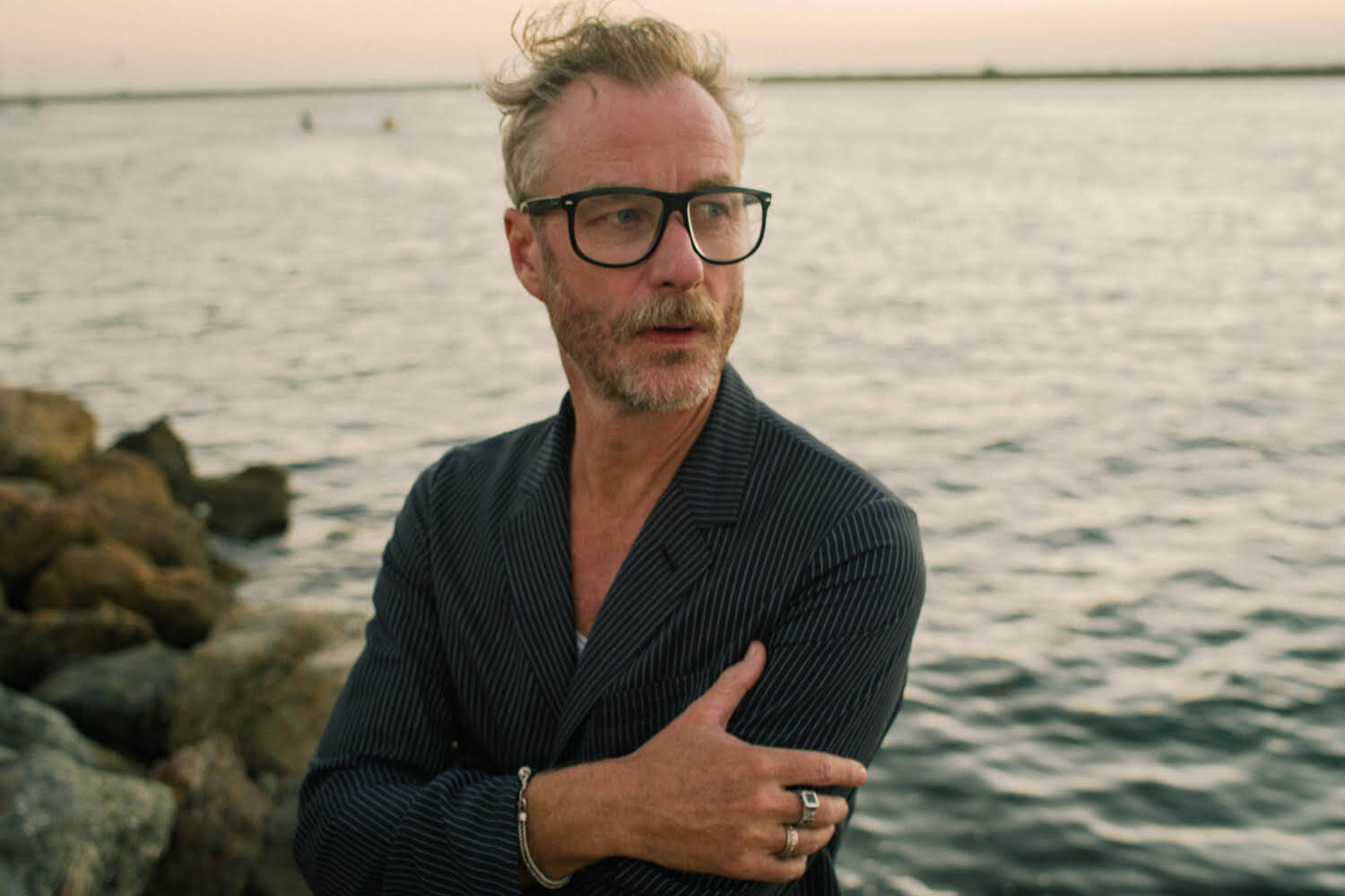 """Matt Berninger will be livestreaming on YouTube from his home, the Chris Sgroi -directed video for """"One More Second"""