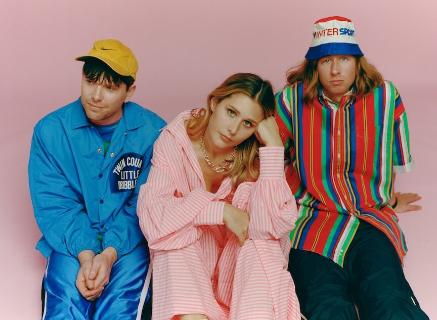 """Middle Kids share video for """"R U 4 Me"""""""