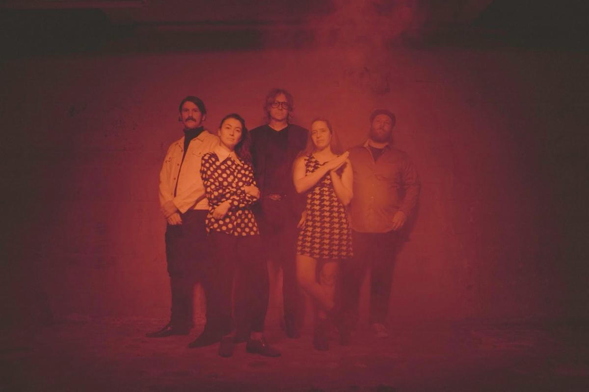 """""""Raindrops"""" by The Besnard Lakes is Northern Transmissions Song of the Day. The track is now available via Flemish Eye/FatCat Records"""