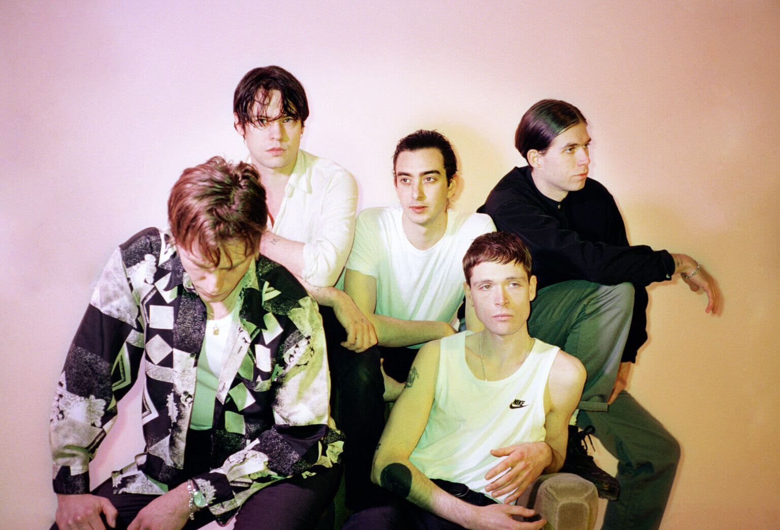"""Iceage have announced their new LP Seek Shelter, will drop on May 7, via Mexican Summer. Ahead of the release The band have shared """"Vendetta"""""""