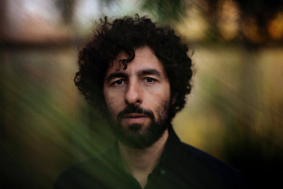 """José González has announced, his new LP LOCAL VALLEY will drop on September 17, 2021 ahead of the release he has shared the single """"Visions"""""""