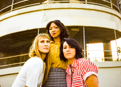 """La Luz is sharing its new single """"In the Country,"""" the track is now available to stream via Hardly Art. La Luz play 9/24 at Ohana Fest"""