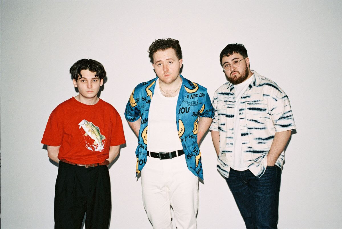 """Vistas have shared their latest single """"Young Forever."""" The track is forthcoming new album What Were You Hoping To Find? available August 21"""