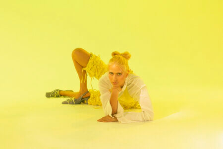 """Banoffee shares the new single """"Idiot,"""" the track accompanied with a video directed by Phebe Schmidt"""