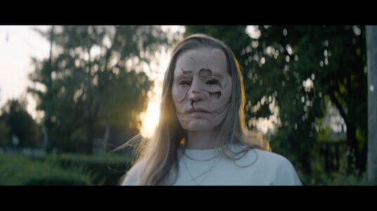 """Charlotte Day Wilson shares new video for """"Changes"""""""