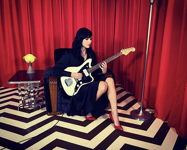Noveller AKA: Sarah Lipstate has shared a cover of Angelo Badalamenti's theme song for Twin Peaks. Released exclusively for Bandcamp Friday