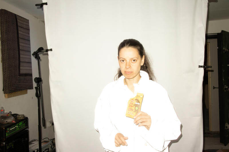 """Tirzah Shares New Single and Mini-Film """"Hive Mind."""" The track is off the multi-artist's LP Colourgrade, available October 1, via Domino"""