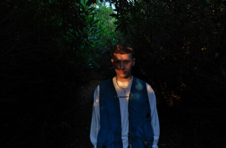 """""""Gullible"""" By Sam Gellaitry is Northern Transmissions Song of the Day. The track is off his current release IV, now out via Secretly Canadian"""